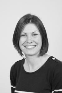 Dr Helen Walters